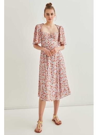 Vitrin Çıtır Çiçek Desenli Volan Kol Detaylı Midi Elbise Lila